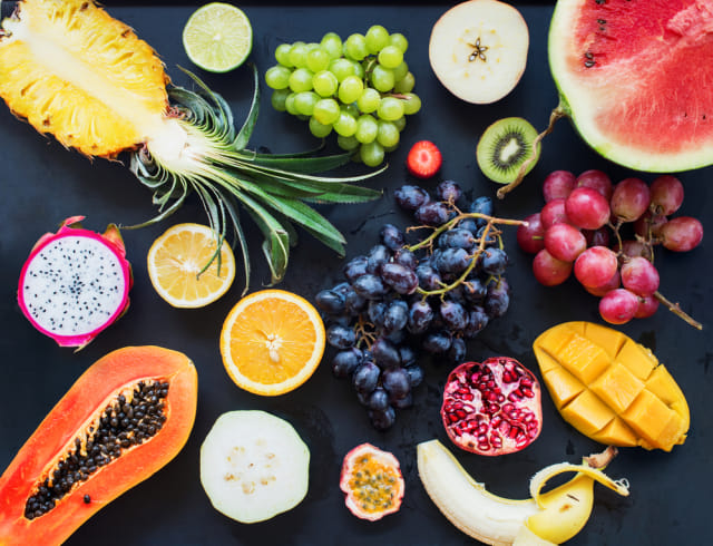 Ilustrasi buah tropis