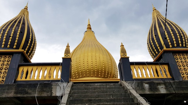 Masjid Walima Emas di Gorontalo, Keindahan Berpadu Nuansa Religi (448853)