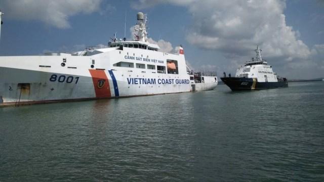 Ilustrasi Kapal KKP Vietnam saat bertemu Kapal KKP Indonesia