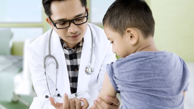 Lebih Baik Mana, Imunisasi Anak di Posyandu atau Puskesmas? (786595)