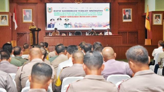 Antisipasi Karhutla Gubernur Kalsel Teken Surat Edaran