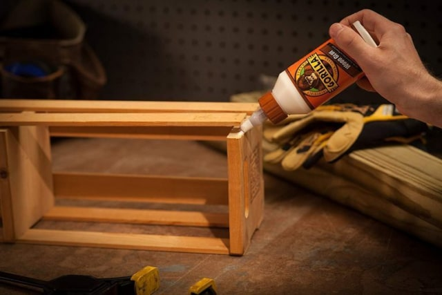 5 Tips Memilih Lem Kayu Terbaik untuk Proyek DIY Apik (1140654)