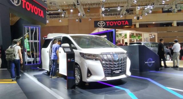Toyota Alphard Hybrid Hilang dari Situs Resmi, Setop Dijual? (232901)