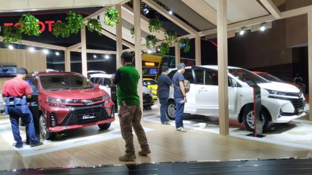 Berita Menarik: Biaya Bersihkan Interior Mobil; Diler Premium Piaggio (60130)