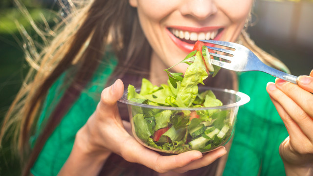 Lakukan Detoks Tubuh Usai Makan Enak saat Lebaran dengan 5 Cara Ini (41956)
