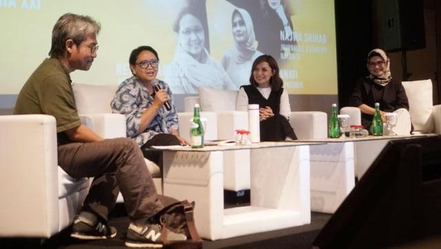 Chief Storyteller kumparan Yusuf Arifin di XXI Plaza Indonesia, Inspiring Discussion, Long Shot, Plaza Indonesia XXI, Movie Screening
