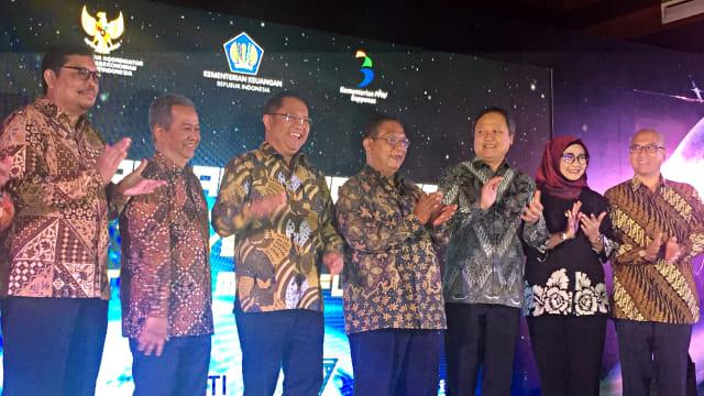 Penandatanganan Perjanjian Kerjasama Proyek KPBU Satelit Multifungsi