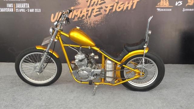 Replika Chopper emas milik Jokowi