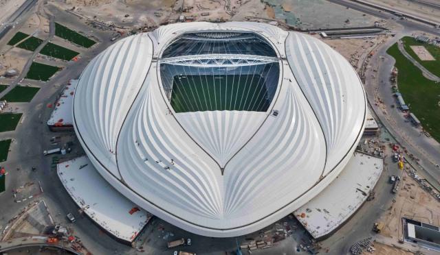 5 Stadion Olahraga Unik di Dunia yang Mesti Disambangi Pecinta Bola (1)