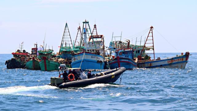 Susi Akan Tenggelamkan Lagi Kapal Maling Ikan saat 17 Agustusan (2273)