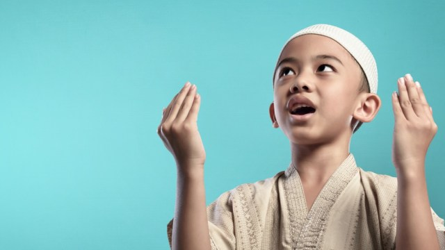 Doa Setelah Adzan Sesuai Sunnah dan Keutamaannya (1033957)