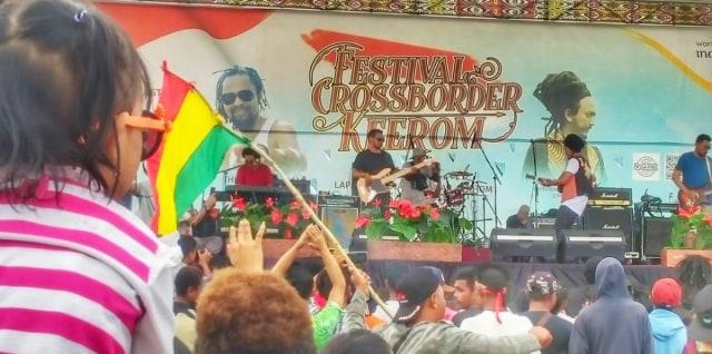 Ras Muhamad bikin Festival Crossborder Keerom 2019 pecah (321388)
