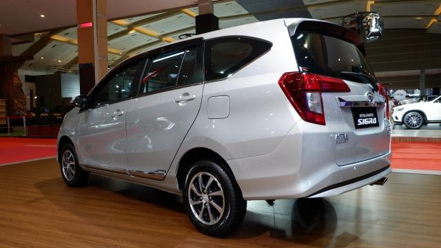 Fitur dan Spesifikasi Renault Triber, Mobil Murah Pesaing Calya Sigra  (99371)