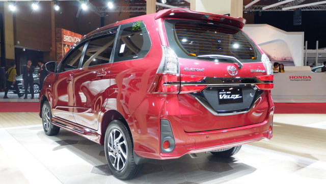 Modal Rp 250 Juta, Pilih Toyota Avanza Baru atau Toyota Innova Bekas? (4131)