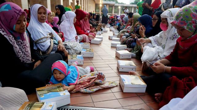 Buka bersama di Masjid Istiqlal