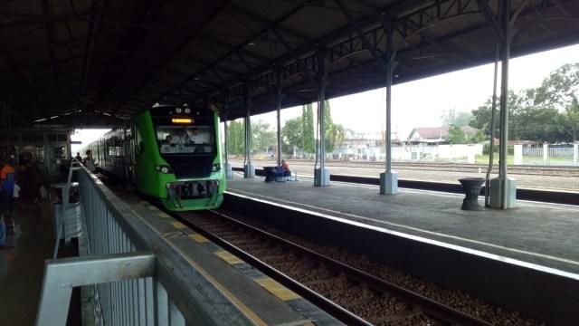 Kereta Bandara Yogyakarta Resmi Beroperasi, Harga Tiket Rp 15 Ribu   (332199)