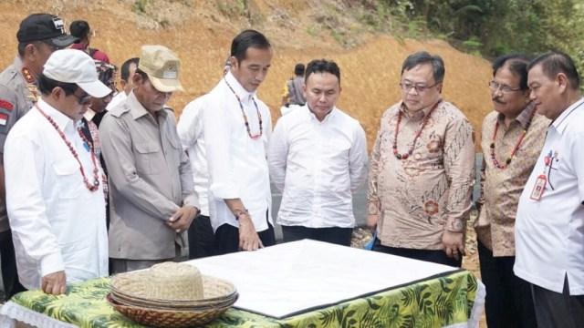 Presiden Jokowi, di Kabupaten Gunung Mas