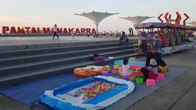 Anjungan Pantai Manakarra, Lokasi Favorit Ngabuburit Warga Mamuju (21760)