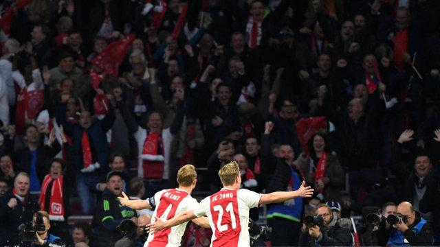 Frenkie De Jong Jadi Gelandang Terbaik Liga Champions 2018/19 (79013)