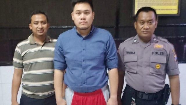 Pilot Lion Air yang pukuli staf hotel ditahan di Polrestabes Surabaya (NOT COVER)