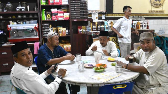 Menengok Tradisi Ramadan di Aceh, Menyesap Kopi usai Tarawih (10860)