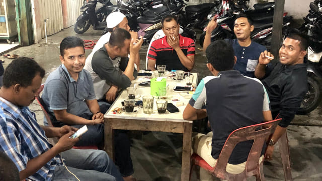 Menengok Tradisi Ramadan di Aceh, Menyesap Kopi usai Tarawih (10865)