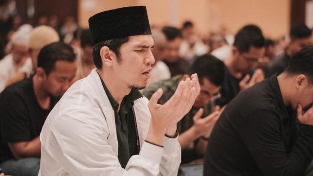Melihat Perjalanan Hijrah Adrian Maulana dan Jody 'Super Bejo' (7174)