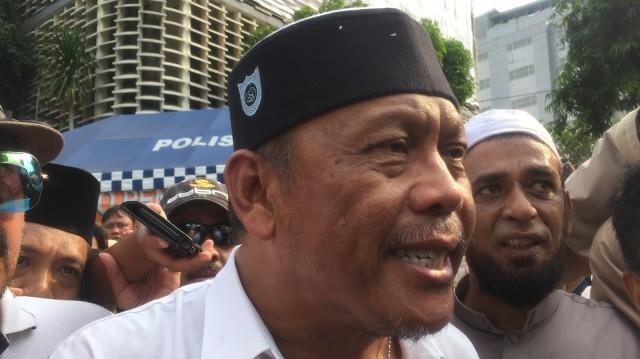Eggi Sudjana Kritik Jokowi: Mendikbud Pengusaha, Tak Paham Hidup Susah (1212012)