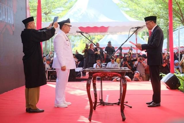 Iqbal Suhaeb Resmi Dilantik Penjabat Wali Kota Makassar (460529)