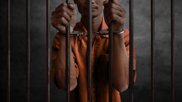 Populer: Subsidi Gaji Rp 600.000, hingga Eks Orang Terkaya RI Terancam Penjara (291793)