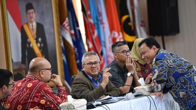 Ketua KPU Arief Budiman, Ketua Bawaslu Abhan