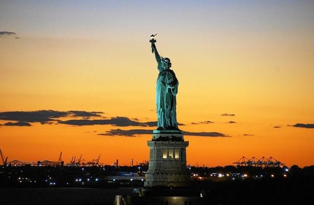 statue-of-liberty-992552_960_720.jpg