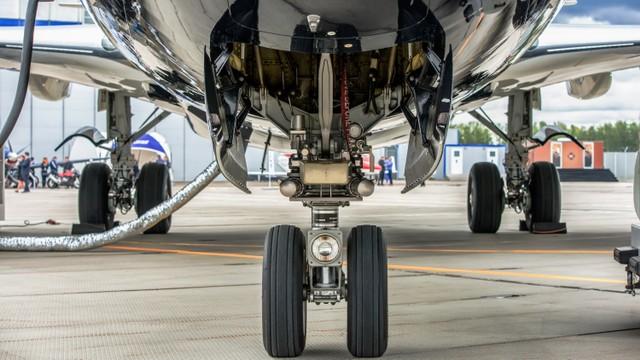 Kisah Pria yang Berhasil Selamat Setelah Numpang di Roda Pesawat Selama 11 Jam (3)