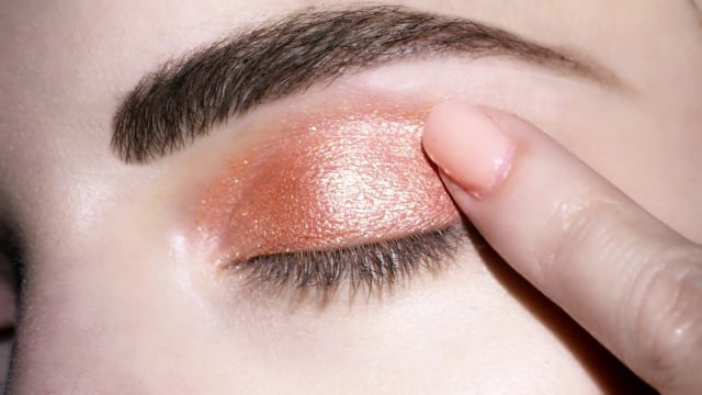 3 Alasan Penting Kenapa Kamu Harus Memilih Liquid Eyeshadow (46626)