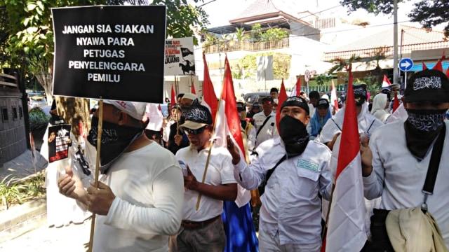 10-ribu-pendukung-prabowo-dari-jatim-ke-jakarta-ikut-aksi-22-mei