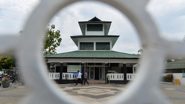 Masjid Tertua, Masjid Teungku Di Anjong, Aceh