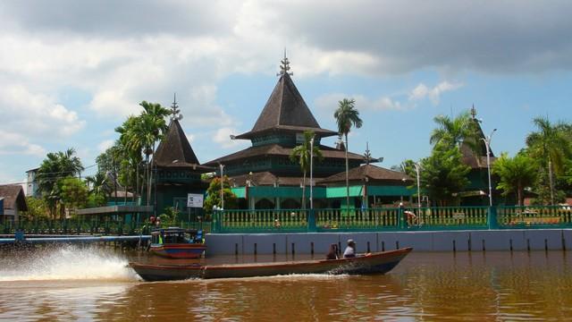 Masjid Tertua, Masjid Sultan Suriansyah Banjarmasin