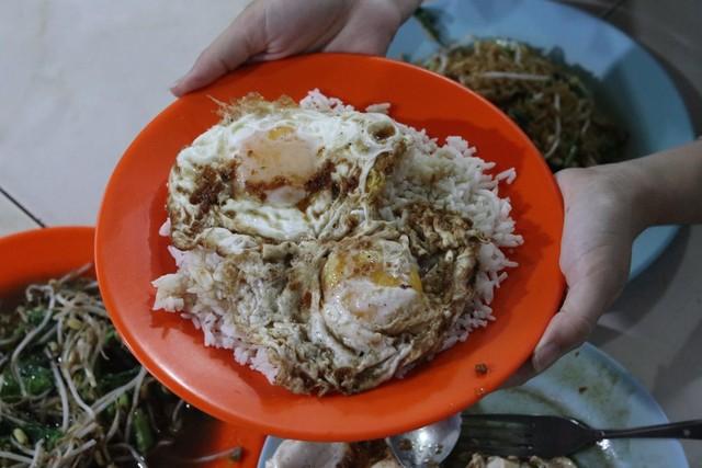 Nasi Telur Ayong 999 di Pontianak, Apa yang Membuatnya Spesial? (65950)