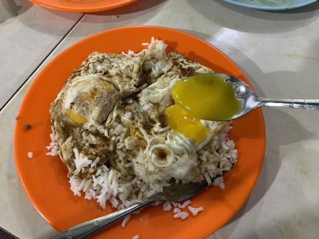 Nasi Telur Ayong 999 di Pontianak, Apa yang Membuatnya Spesial? (65953)