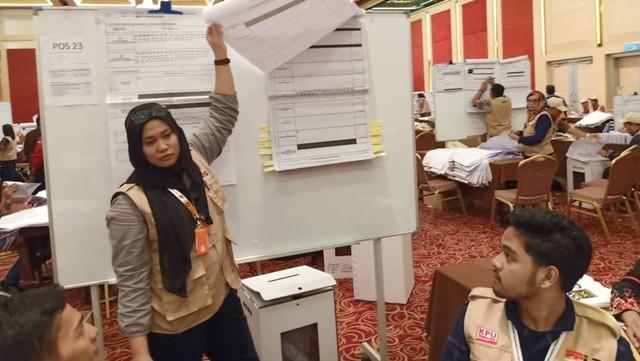 Masinton: PPLN Kuala Lumpur Menghitung 'Surat Suara Sampah' (343467)