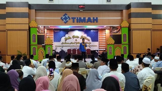 Ustad Maulana Isi Tausiyah Buka Bersama PT. Timah (144881)
