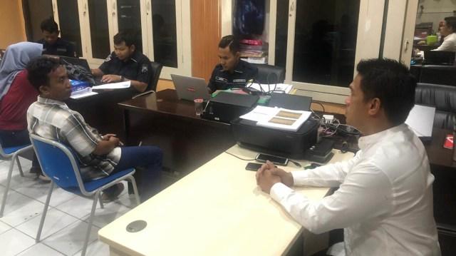 Dua guru honorer di Jatim ditangkap karena ajakan makar.