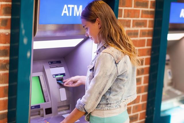 Eks Teknisi Bobol ATM di Stasiun Pasar Minggu, Gasak Rp 150 Juta (90039)