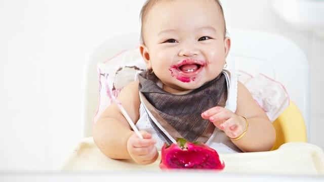 5 Kesalahan yang Perlu Dihindari saat Berikan MPASI Bayi (129215)