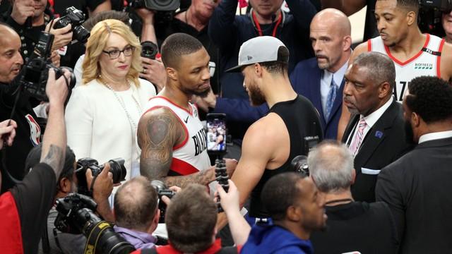 Warriors vs Blazers