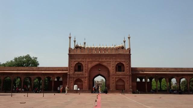 Pesona Jama Masjid Delhi, Warisan Arsitektur India Abad ke-17  (24095)