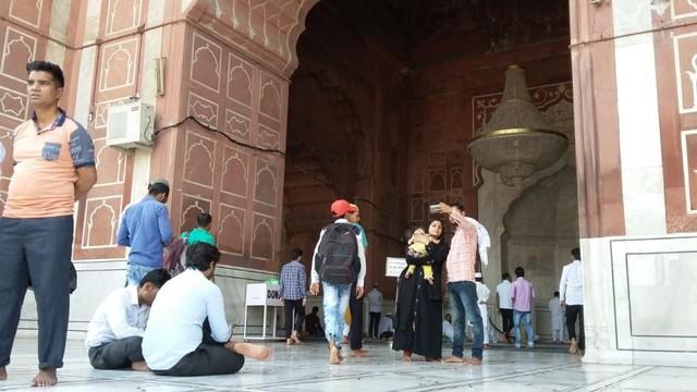 Pesona Jama Masjid Delhi, Warisan Arsitektur India Abad ke-17  (24097)