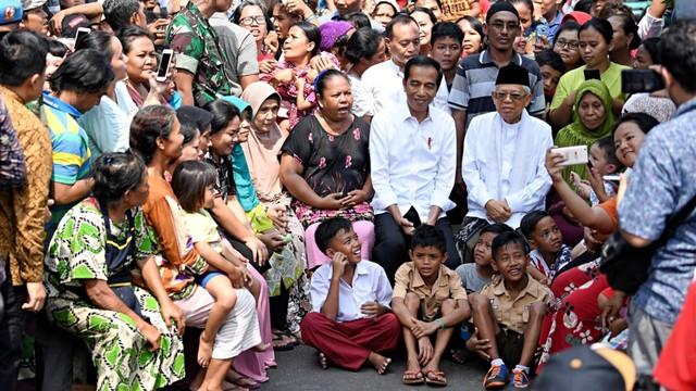 Jokowi, Ma'ruf Amin, Kampung Deret