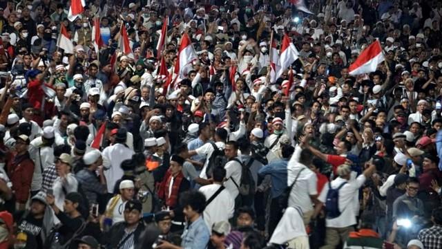 Kata Polisi soal Aksi di Bawaslu yang Tak Bubar Setelah Jam 18.00 WIB  (163418)