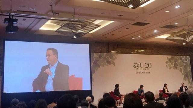 Gubernur Tokyo, Yurike Keiko saat memberikan sambutan pembukaan U20 (Urban20) Mayors Summit 2019 di Tokyo, Jepang